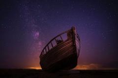 boat_starry_sky_night_117225_4855x3264
